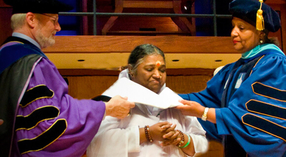 Amma receives Honorary Doctorate in Humane Letters from SUNY